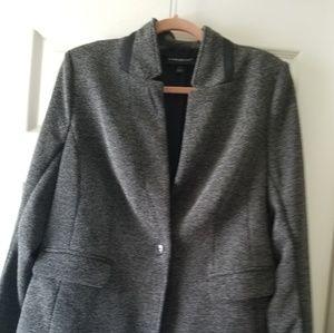 Single button notch collar blazer